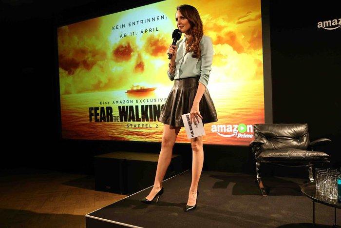 Moderatorin Johanna Klum eröffnet die Deutschland-Premiere zur zweiten Staffel Fear the Walking Dead. Foto: API/Amazon.