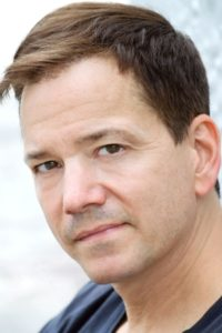 "Frank Whaley ""Detective Scarfe"" © themoviedb.org"